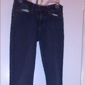 Levi super skinny signature jeans size 4